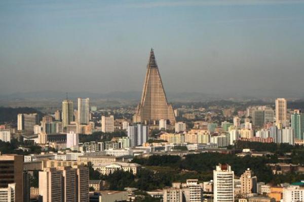 19 Ryogyong Hotel - Pyongyang