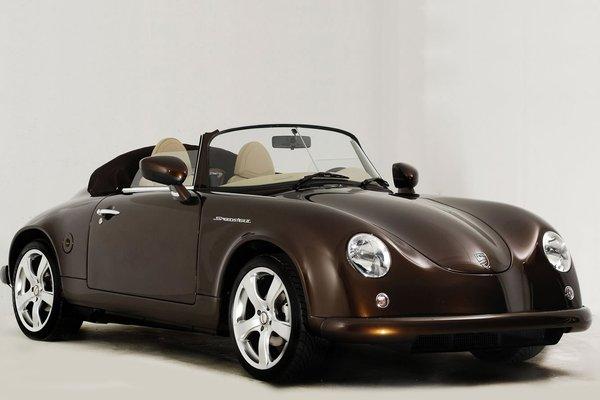 top 28 plus belles voitures modernes au design r tro. Black Bedroom Furniture Sets. Home Design Ideas