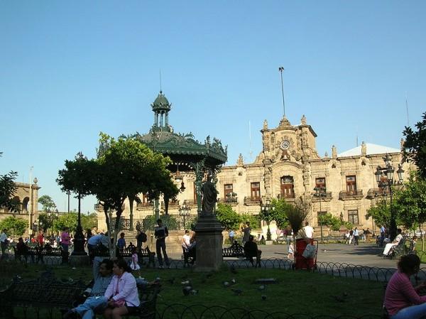 Mexique - Palacio_de_Gobierno_y_Plaza_de_Armas