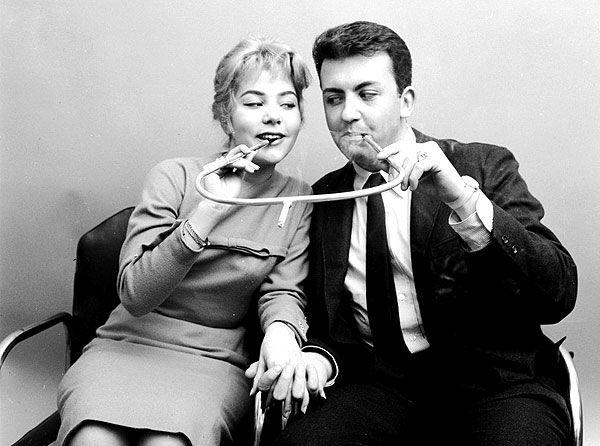 Couple's Smoking Pipe_resultat