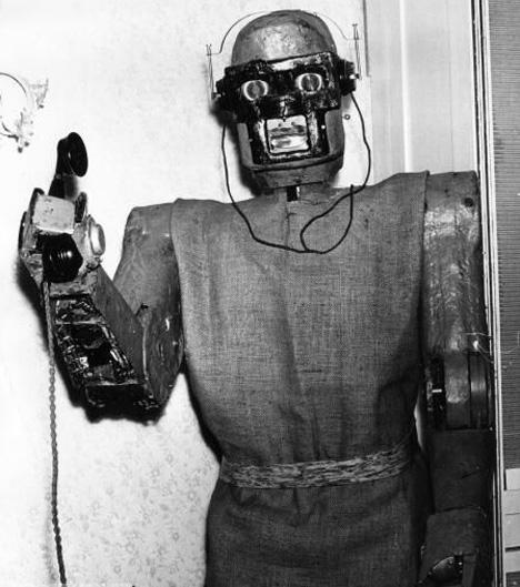 Robot telephone