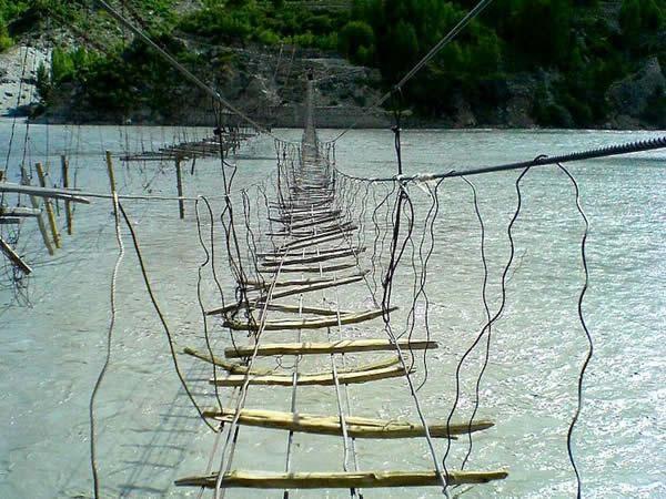Pont suspendu Hussaini, Pakistan_resultat