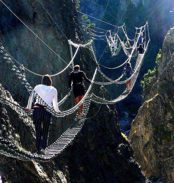 pont_tibetain_Claviere_Piedmont_Italie_dangereux_resultat