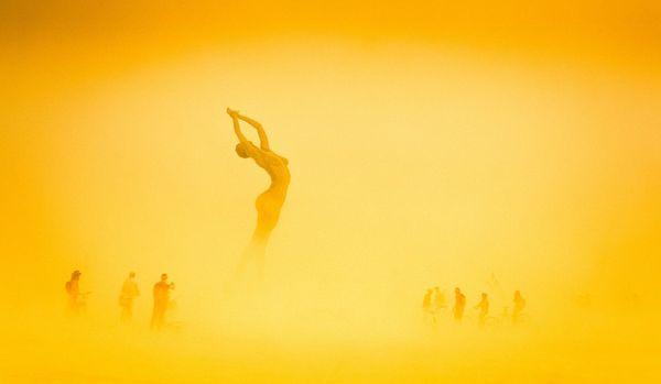Burning-Man-Day-1-897-of-1210-X3-1200x698_resultat