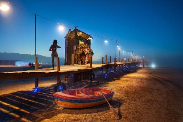 The-Dock-in-the-Desert-X3-1200x800_resultat