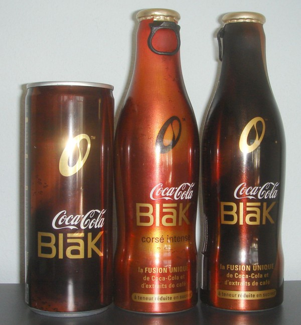 coca_cola_blak_bottles