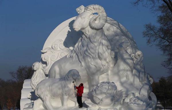 Harbin-Ice-Festival-2015_8-640x410