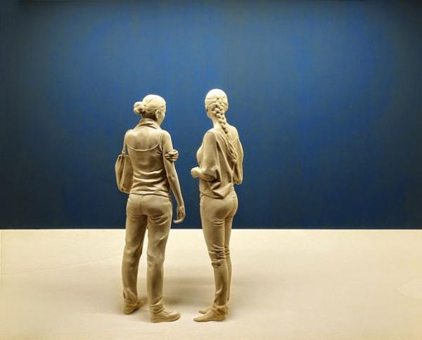 life-like-realistic-wooden-sculptures-peter-demetz-11