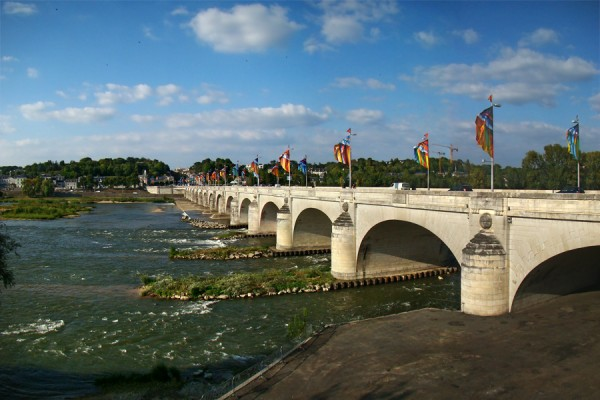 Loire_Indre_Tours2_tango7174