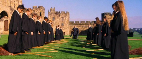 """Résultat de recherche d'images pour """"château d'Alnwick harry potter"""""""