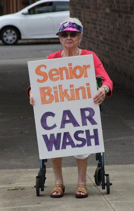 bikini-senior