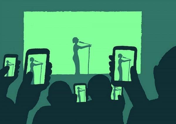 concert-jean-jullien-smartphone