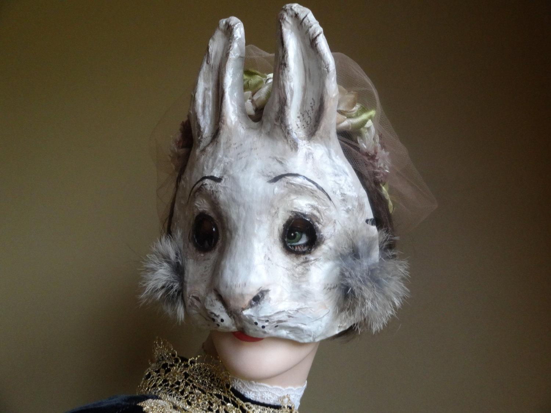 Un masque lapin en papier m ch pour vos soir es d guis es topito - Masque papier mache ...