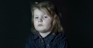 enfant-hypnotise-tele-zombie-4