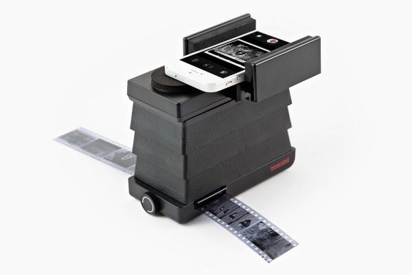 lomography-smartphone-film-scanner-4a8a_600.0000001370625620