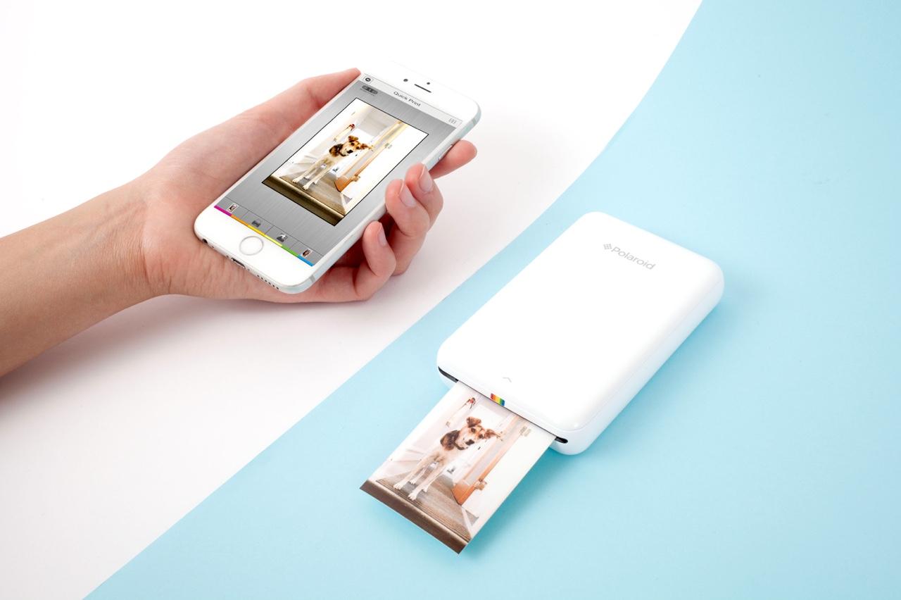 une mini imprimante polaroid pour t l phone portable topito. Black Bedroom Furniture Sets. Home Design Ideas