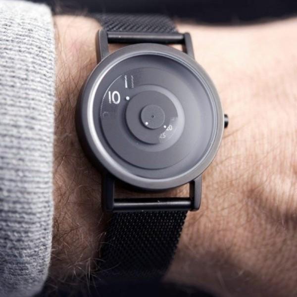 reveal-watch