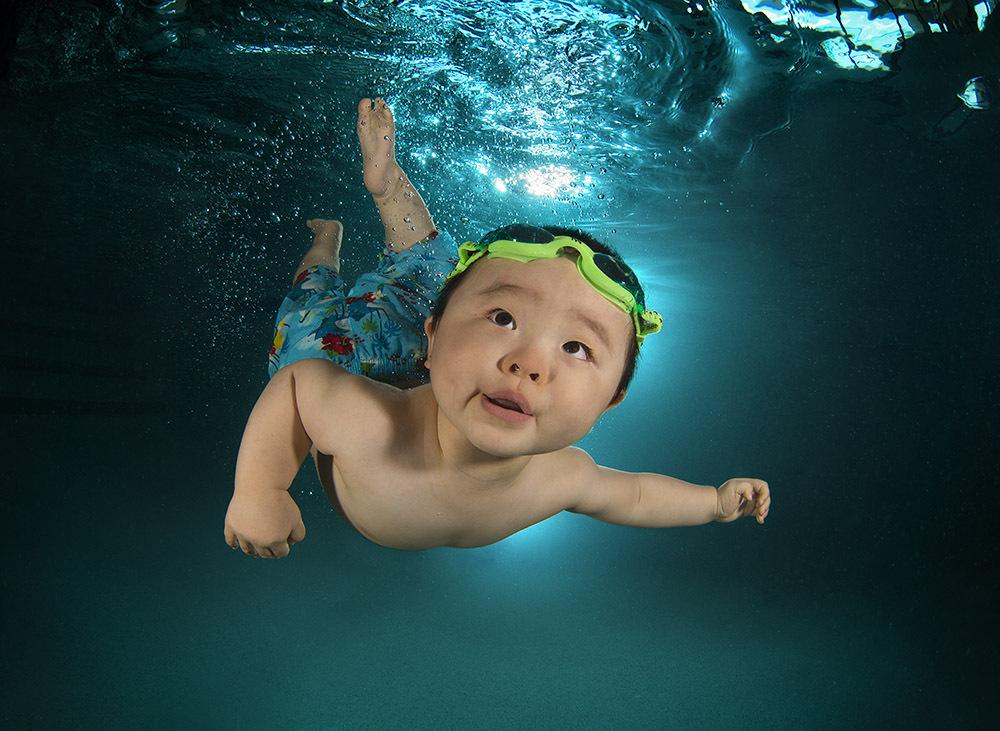 bebe-sous-eau-seth-castell-8