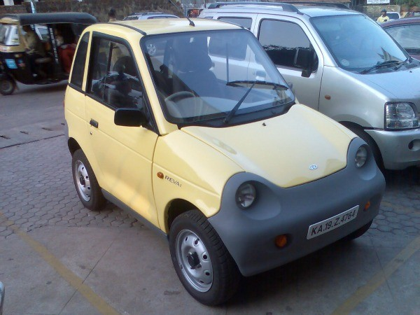 Reva_Electric_Car_2008