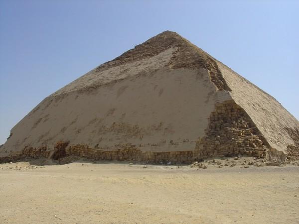 Pyramid_in_Dahshur