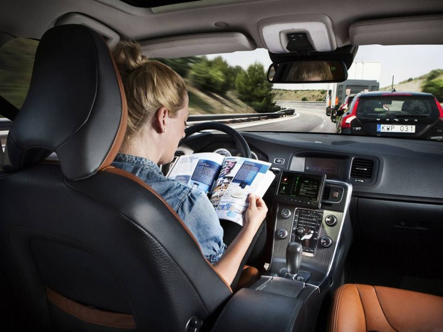volvo-voiture-autonome-socrate-622x466