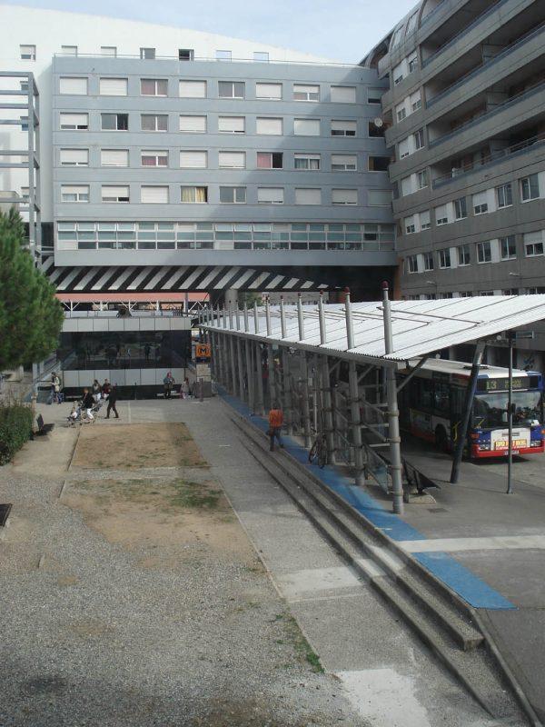 Forum_des_Arènes_01,_Toulouse
