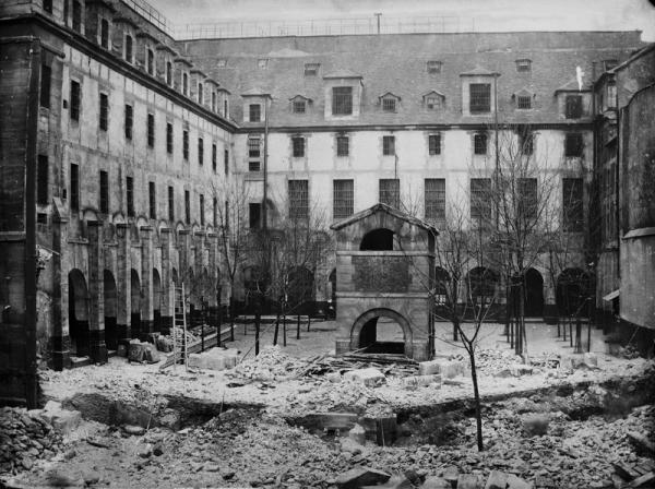 Prison_des_Madelonnettes,_rue_Volta