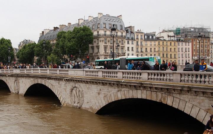 pont-saint-michel-1