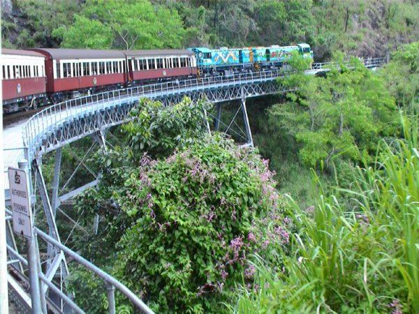 Kuranda_Scenic_Railway_01