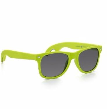 Sunglass Junkie Lunettes de Soleil Wayfarer Unisexes Vert Fluo en Caoutchouc avec Decapsuleur- Amazon.fr- Chaussures et Sacs