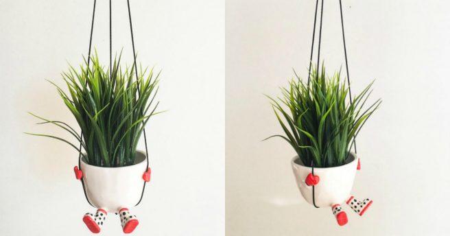 un pot de fleur suspendu qui fait de la balan oire topito. Black Bedroom Furniture Sets. Home Design Ideas