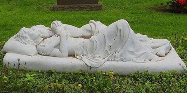 unusual-graves-16_resultat