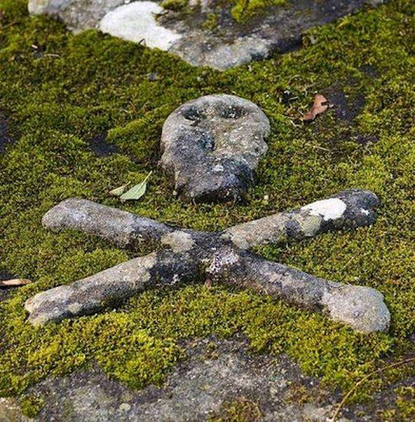 unusual-graves-17_resultat