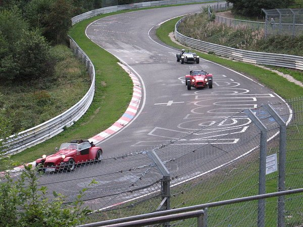 800px-Nurburgring_lap