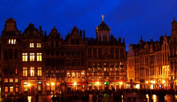 Belgique - 800px-2007-02-27_Bruxelles_Grand_place
