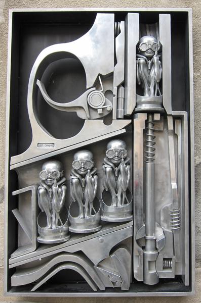 sculpture-Birth_Machine