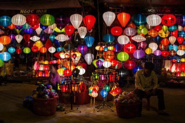 Rival Lantern Stores, Hoi An, Vietnam, Ben Ashmole