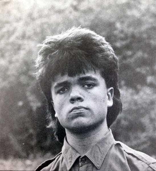 Peter-Dinklages-graduation-photo-from-Delbarton-School-in-Morristown-1987_resultat_resultat
