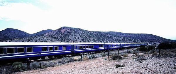 Blue_Train_passes_through_the_Karoo_resultat