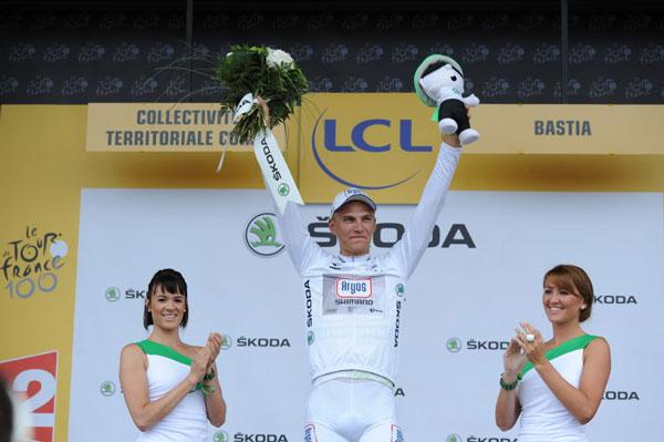 podium-tour2
