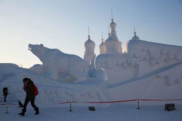 Harbin-Ice-Festival-2015_11-640x426