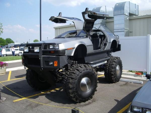 Monster_truck_dolorean