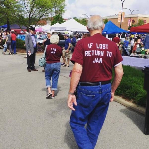 old-couples-having-fun-1__605