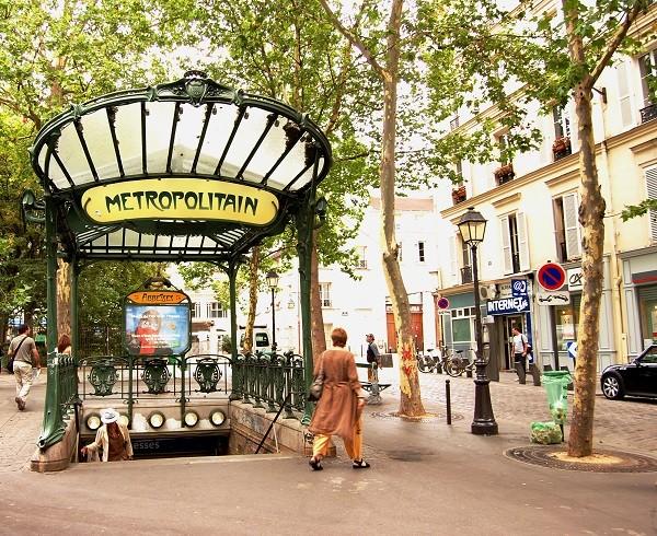 Abbesses_Metro